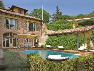 Monforte d'Alba Italy Vacation Rentals - Villa