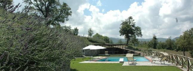 6 bedroom Villa in Arezzo, Arezzo Area, Tuscany, Italy : ref 2230308