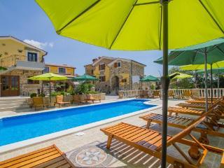 Potpican Croatia Vacation Rentals - Villa