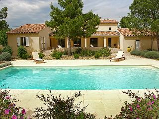 Mazan France Vacation Rentals - Villa