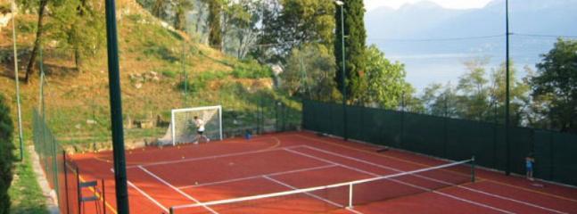 4 bedroom Villa in Varenna, Lake Como, Italy : ref 2259082