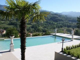 Camporgiano Italy Vacation Rentals - Villa