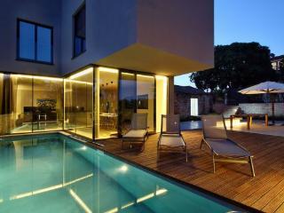 Mugeba Croatia Vacation Rentals - Villa