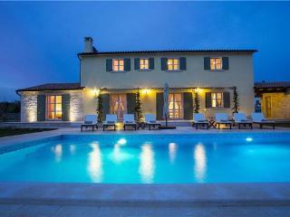 Smoljanci Croatia Vacation Rentals - Villa