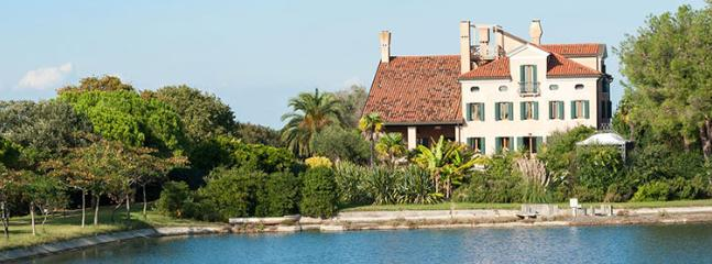 9 bedroom Villa in Venice, Venice, Italy : ref 2307820