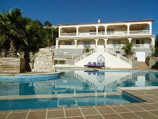 Barracao Portugal Vacation Rentals - Villa