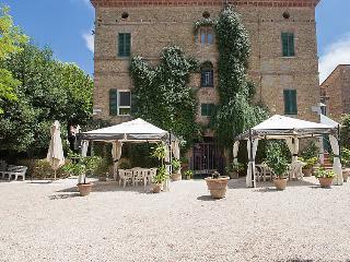 Castello delle Forme Italy Vacation Rentals - Villa