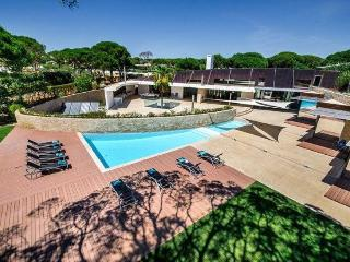 Vilamoura Portugal Vacation Rentals - Villa
