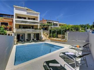 Pula Croatia Vacation Rentals - Villa