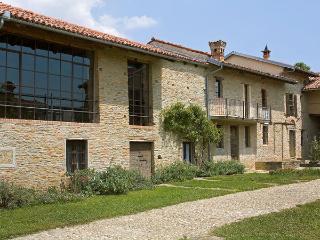 Trezzo Tinella Italy Vacation Rentals - Villa