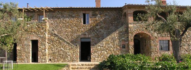 9 bedroom Villa in Chianciano Terme, Siena, Italy : ref 2307821