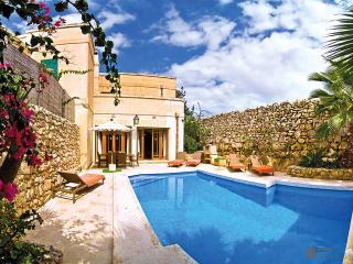 Sanat Malta Vacation Rentals - Villa