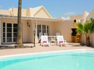 Playa Honda Spain Vacation Rentals - Villa
