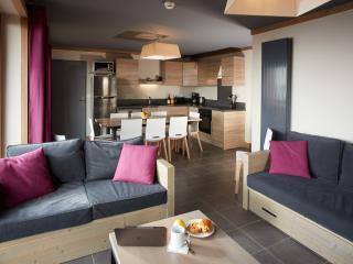 Les menuires France Vacation Rentals - Apartment