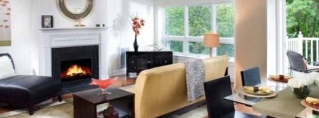 BEAUTIFUL AND MODERN 2 BEDROOM, 2 BATHROOM APARTMENT