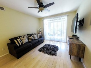 Anaheim California Vacation Rentals - Apartment