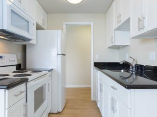 Richmond Canada Vacation Rentals - Apartment