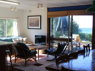 Blueys Beach Australia Vacation Rentals - Home