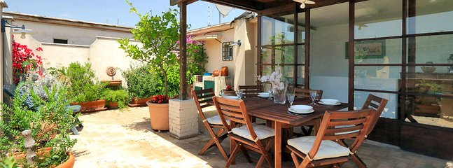 Beautiful Rome Apartment with Rooftop Terrace - Fulvio