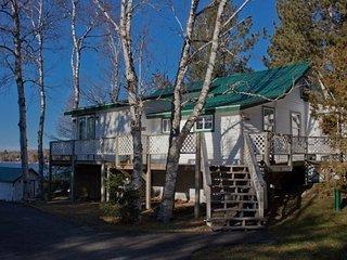 Splitrock Cottage in Lily Bay