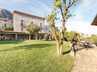 Acquavena Italy Vacation Rentals - Villa
