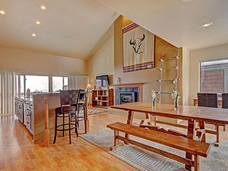 """SkyRun Property - """"2533 New Larmatine 3BR 2BR"""" - Spacious Living Area - Open concept living area."""