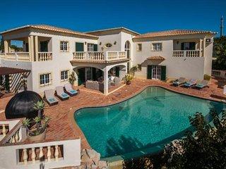 Espiche Portugal Vacation Rentals - Villa
