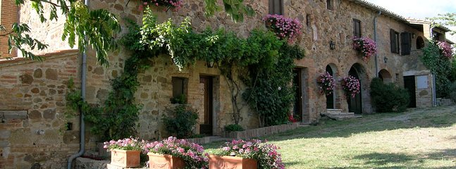 1 bedroom Apartment in Chianciano Terme, Siena, Italy : ref 2259020