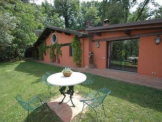 Arliano Italy Vacation Rentals - Apartment