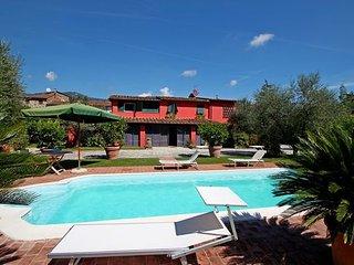 Lammari Italy Vacation Rentals - Villa