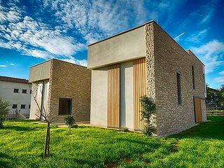 Fiorini Croatia Vacation Rentals - Villa