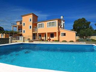 Golas Croatia Vacation Rentals - Villa