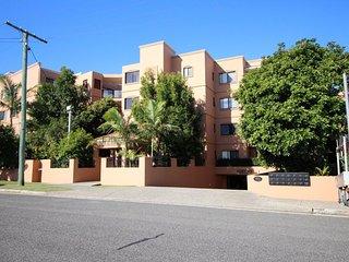Golden Beach Australia Vacation Rentals - Apartment