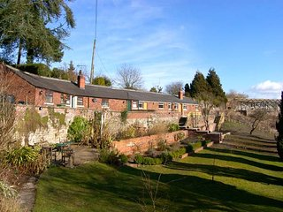 Chirk Wales Vacation Rentals - Home