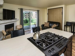 Bend Oregon Vacation Rentals - Apartment