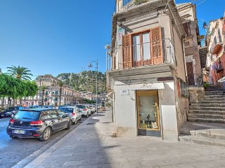 Modica Italy Vacation Rentals - Home
