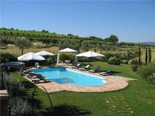 Valiano Italy Vacation Rentals - Villa