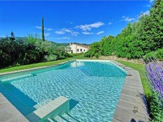 Cantagrillo Italy Vacation Rentals - Villa