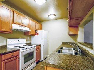 Redmond Washington Vacation Rentals - Apartment