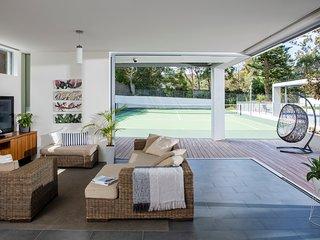 Clontarf Australia Vacation Rentals - Home