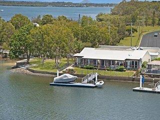 Bribie Island Australia Vacation Rentals - Home