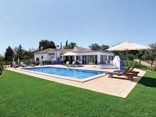 Boliqueime Portugal Vacation Rentals - Villa