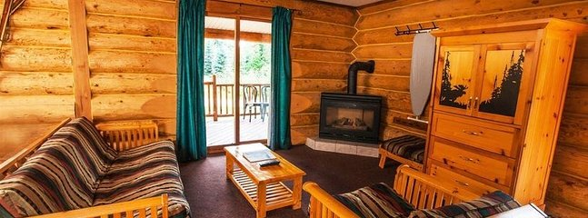 Revelstoke Glacier House Resort Large 2 Bedroom Family Cabin