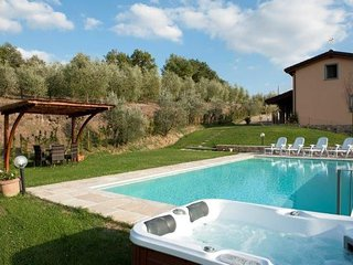 Monte San Savino Italy Vacation Rentals - Home