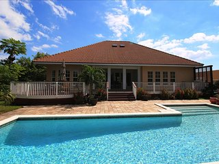 Freeport Bahamas Vacation Rentals - Villa