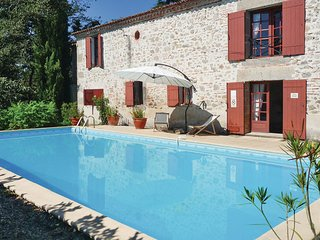 Clairac France Vacation Rentals - Villa