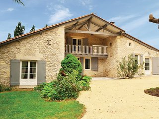 Saint-Vivien-De-Monsegur France Vacation Rentals - Villa