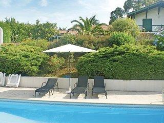 Ustaritz France Vacation Rentals - Villa