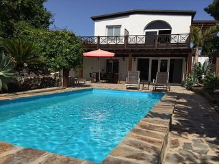 G ime Spain Vacation Rentals - Villa