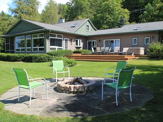 Traverse City Michigan Vacation Rentals - Home